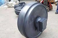 Направляющие (натяжные) колеса - ленивцы KOMATSU PC100-3,5/PC120-3,5, PC100-6/PC120-6, PC200-3, PC200-5,6
