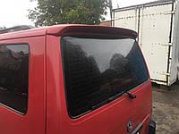 Спойлер на заднюю дверь Фольксваген Транспортер Т4