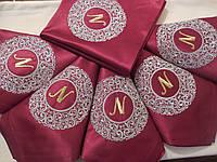 Набор эксклюзивных фамильных салфеток с вышивкой ручной работы 6 шт