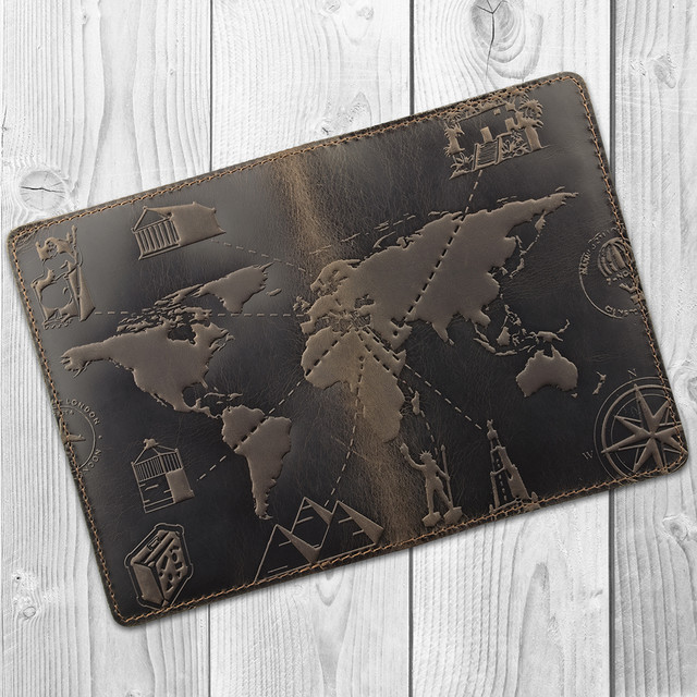 кожаная обложка на паспорт карта мира