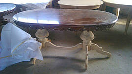 Новый итальянскии обеденный стол овальный, нераздвижной.