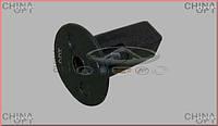 Фиксатор задних брызговиков (до 2012г.) Chery Tiggo [2.4, -2010г.,MT] T11-3102125 Китай [оригинал]