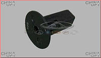 Фиксатор задних брызговиков (до 2012г.) Chery Tiggo [2.0, -2010г.] T11-3102125 Китай [оригинал]