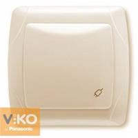 Розетка с заземлением со шторками и крышкой крем Viko (Вико) Carmen (90562012)