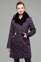 Теплое зимнее пальто с красивым меховым воротником