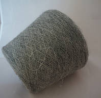 Мохер Linea Piu camelot 006155, 1000 м/100 г, светло-серый на белой полиамидной основе