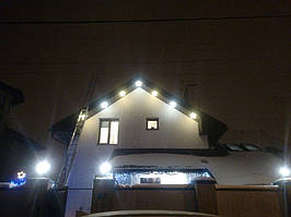 Установка светодиодной иллюминации на частный дом. Харьковская область 3