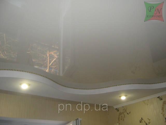 Двухуровневый потолок (гипсокартон+натяжной) со шнуром. 1