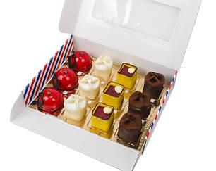 Упаковка для шматочків торта, тістечок, зефіру та еклерів