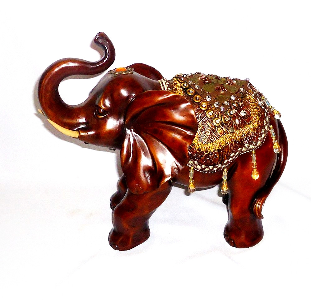 Фігура слона з прикрасами, хобот до верху 30см H2623-3D