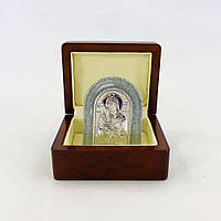 Икона Милостивая в деревянной шкатулке