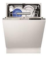 Встраиваемая посудомоечная машина Electrolux ESL7721RA