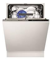 Встраиваемая посудомоечная машина Electrolux ESL5360LA
