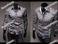 Мужская рубашка серого цвета.