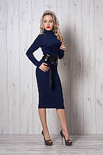 Теплое платье за колено с поясом от Ангелины