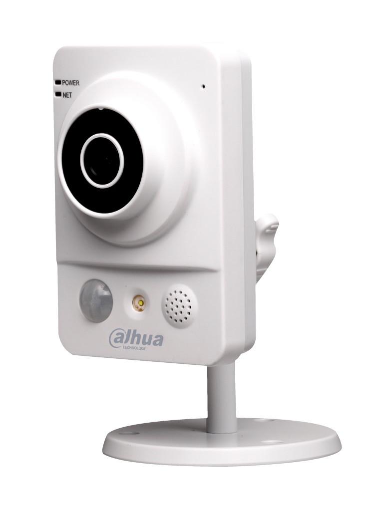 Внутренняя IP-камера Dahua DH-IPC-K200W