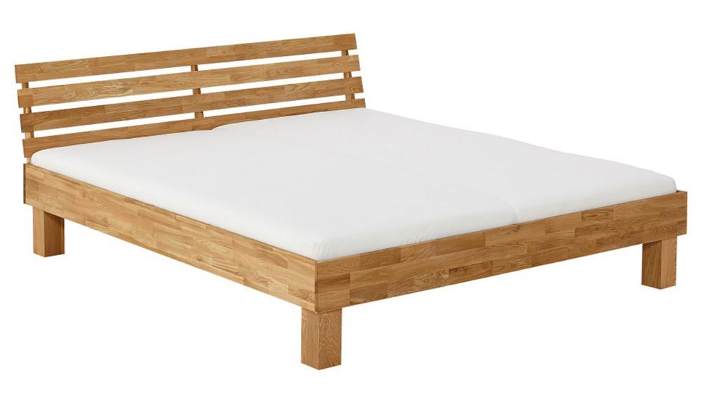 Кровать из массива дерева 079