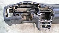 Панель приборов Mazda 323, 1996г.в. торпеда и бардачёк