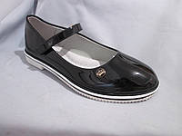 Туфли оптом подростковые для девочек, размер 31-37, с перепонкой, лаковые, цвет черный