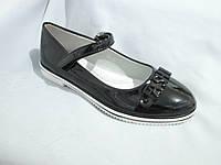 Туфли оптом подростковые для девочек, 31-37, с перепонкой и пряжкой-надписью, черные