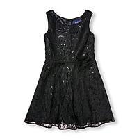 Чёрное платье с паетками и кружевом 10 лет