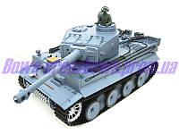 Танк немецкий Tiger Второй Мировой с пневмопушкой и дымом р/у 1:16