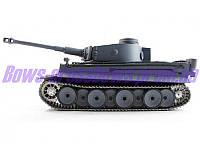 Танк немецкий Tiger Второй Мировой с пневмопушкой дымом  и/к боем р/у 1:16