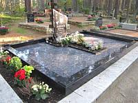 Плитка для облицовки вокруг могилы памятника на кладбище
