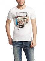 Мужская футболка LC Waikiki белого цвета с рисунком на груди