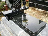 Гранитные надгробные плиты