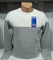 Мужской свитер средней плотности серо белый