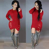 Модное вязанное платье-свитер