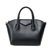 Модная женская сумка в стиле Givenchy.
