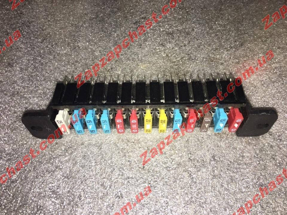 Блок предохранителей Ваз 2101 2102 2103 2106 2121 нива евро нового образца
