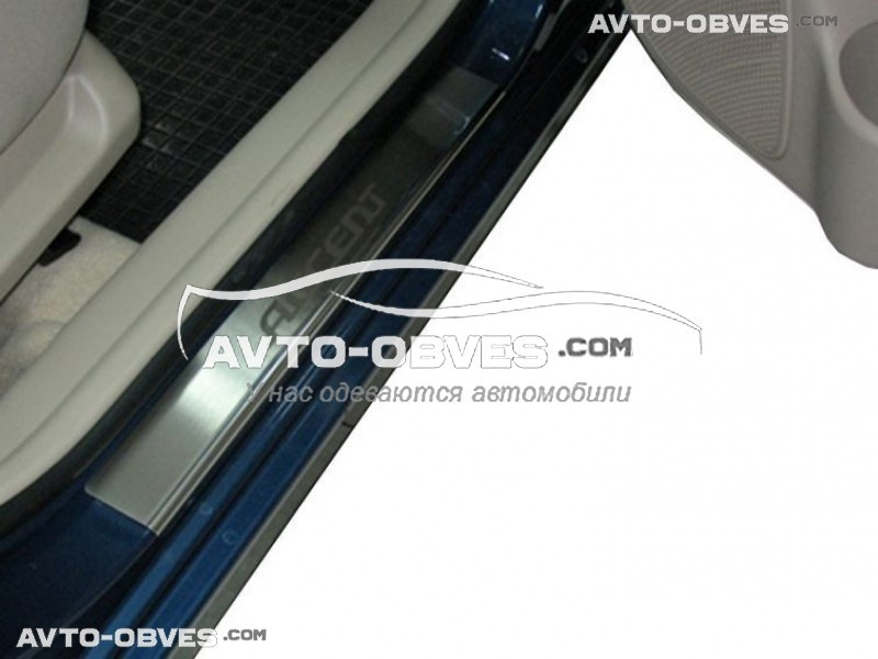Накладки на пороги Hyundai Accent 5D 2006-2011