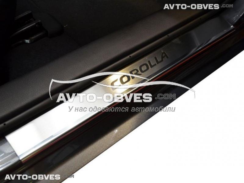 Накладки на пороги для Toyota Corolla XI 4D 2013-2016