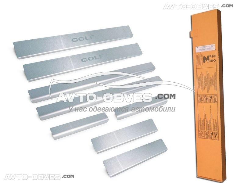 Накладки на внутренние пороги Фольцваген Гольф VI 5D тип - Стандарт