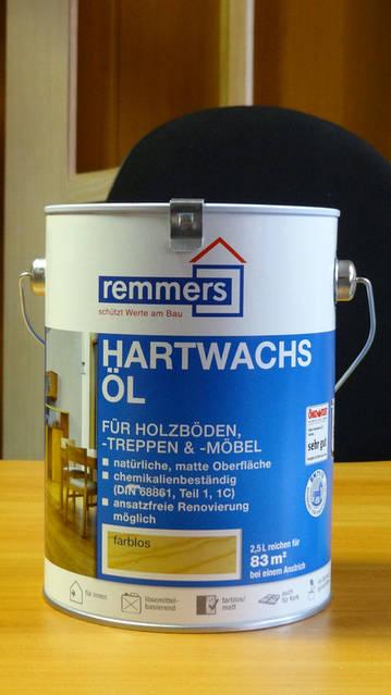 Hartwachs-Öl Декоративно-защитное жидкое средство на основе натуральных масел. При высыхании образует твердую поверхность, компоненты без свинца.