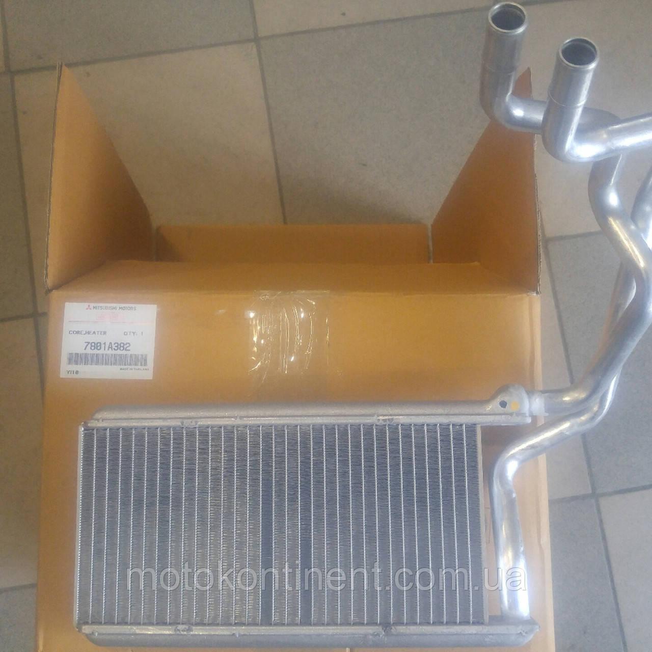 7801A382 Радіатор отопітеля Mitsubishi L200/ Pajero Sport