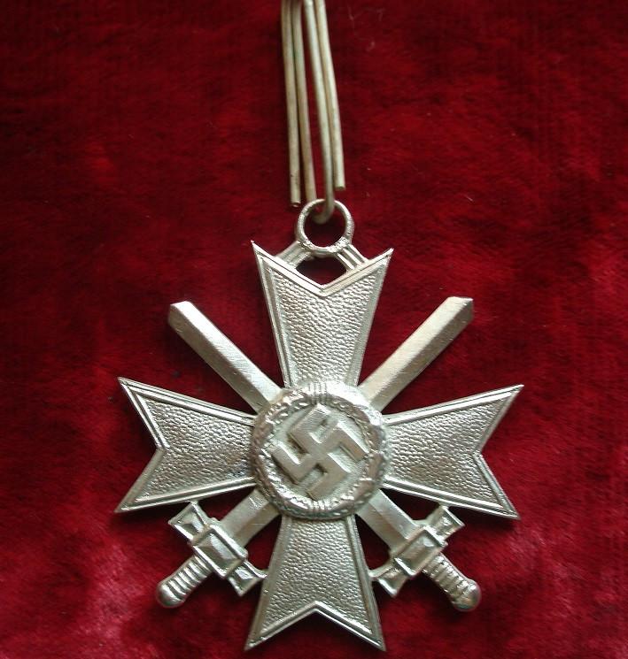 Рыцарский крест за военные заслуги с мечами в серебре