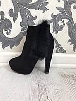 Женские ботинки на каблуке с мехом