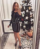 Трикотажное женское платье с камнями
