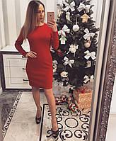 Красное женское платье с молнией сзади