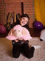 Симпатичная игрушка - подушка размером  38 см Овечка розового цвета