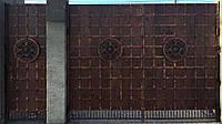 Ворота кованые со щитами (всередине дерево) 2620