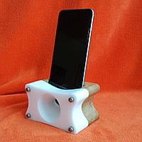 """Акустическая подставка """"Резонатор"""" для смартфона  белый монолит"""