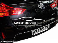 Накладка на задний бампер Toyota Auris II 2012-... без загиба