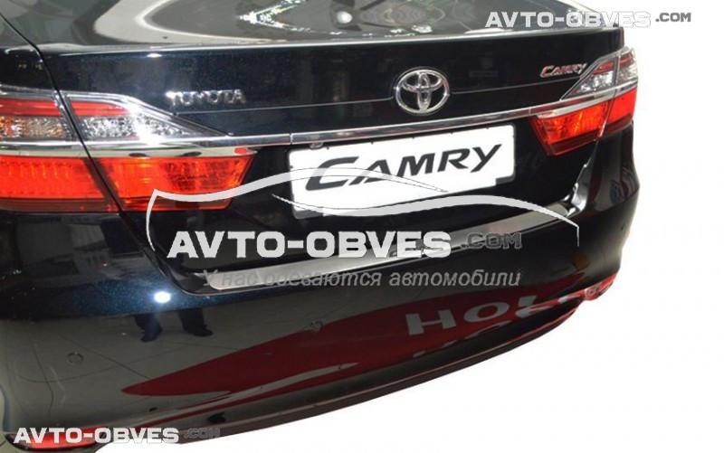 Накладка на задний бампер Тойота Камри 50 2012 - 2015 без загиба