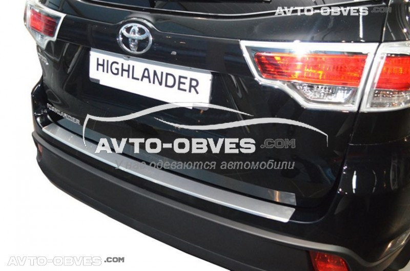 Накладка на бампер с загибом для Тойота Хайлендер 2014-2017