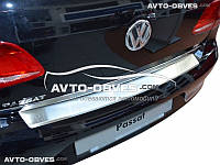 Накладка на бампер с загибом для VW Passat B7 4D